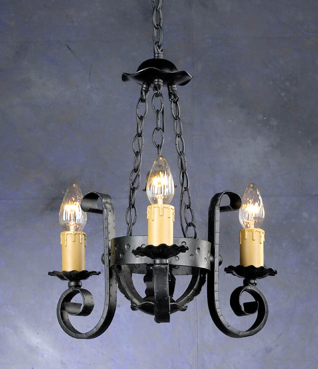 Gothic Wrought Iron 3 Light Chandelier Me val